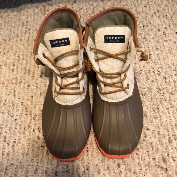 sperry saltwater pop outsole duck boots